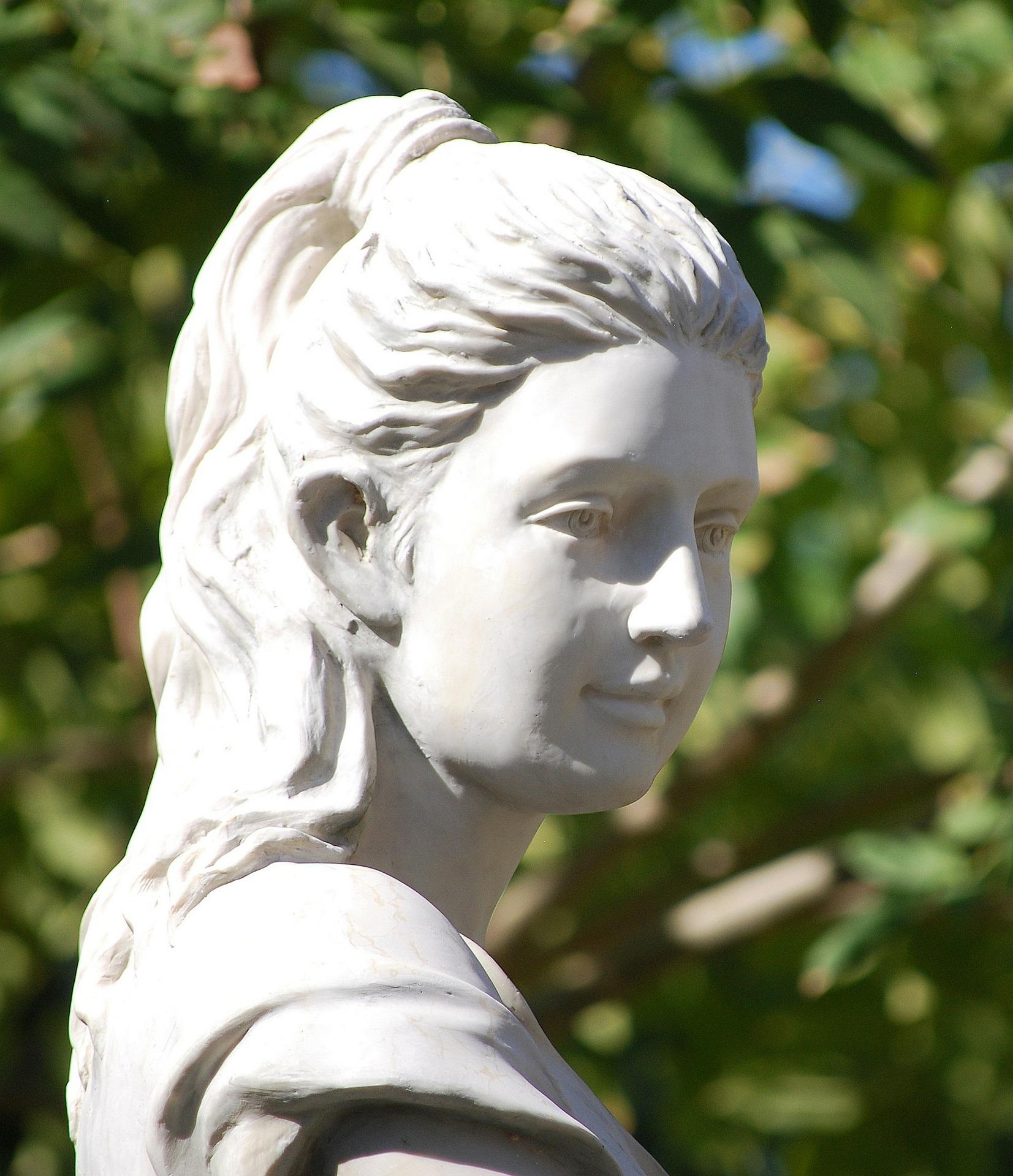 goddess-185457_1920